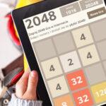 2048, czyli wciągająca moc potęg liczby 2
